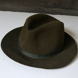 Barneys New york fur felt fedora hat sz 7 1/4